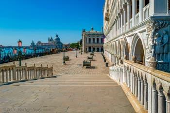 Dogenpalast Während der Ausgangsbeschränkungen im Zusammenhang mit der Coronavirus-Pandemie Venedig
