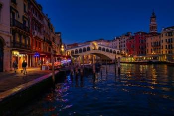 The Venice Grand Canal, the Rialto Bridge and the Riva del Vin Bank.