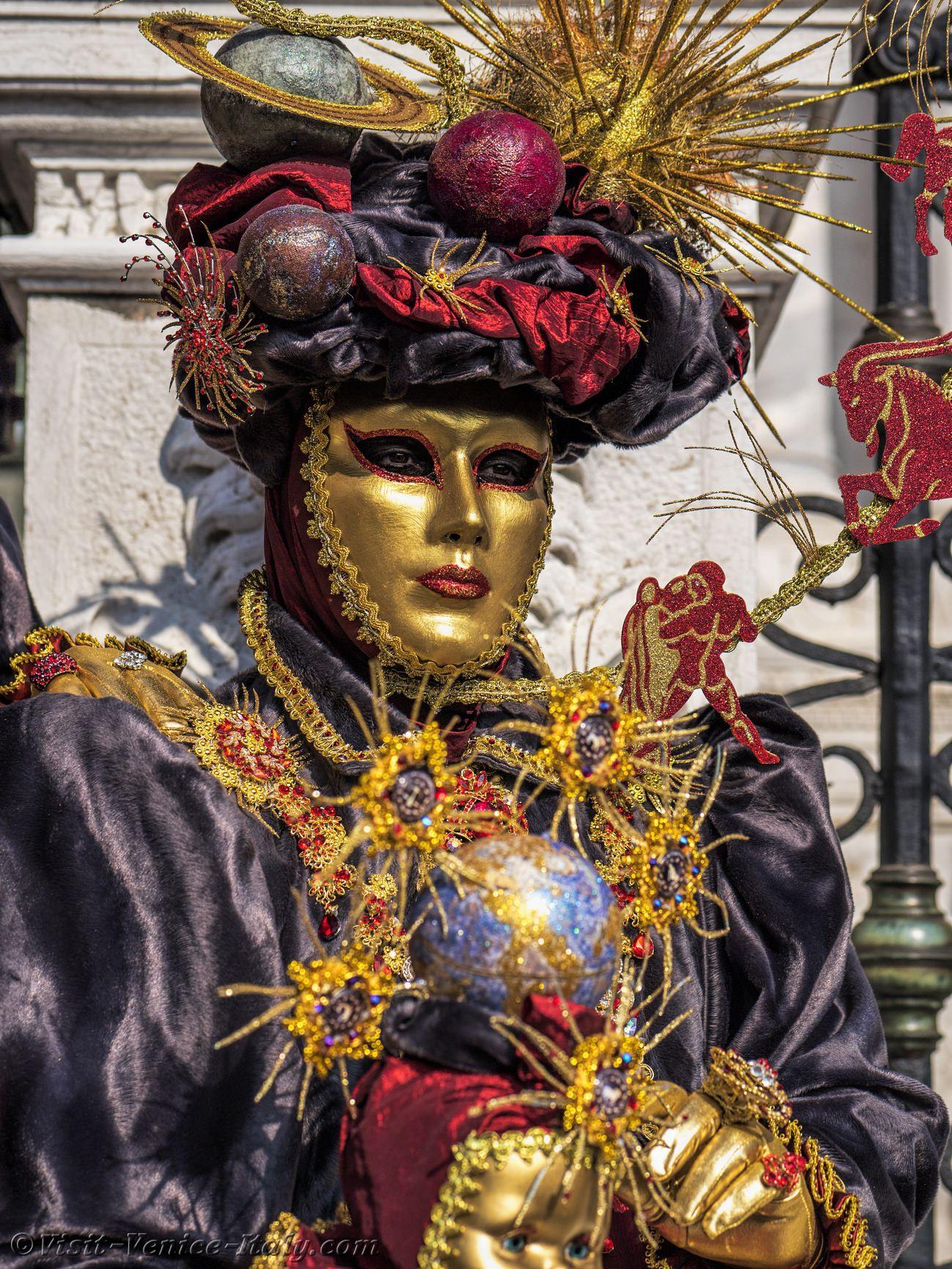 a7e99d196bcb Venice Carnival Italy 2020 Balls Partys Dinner Shows