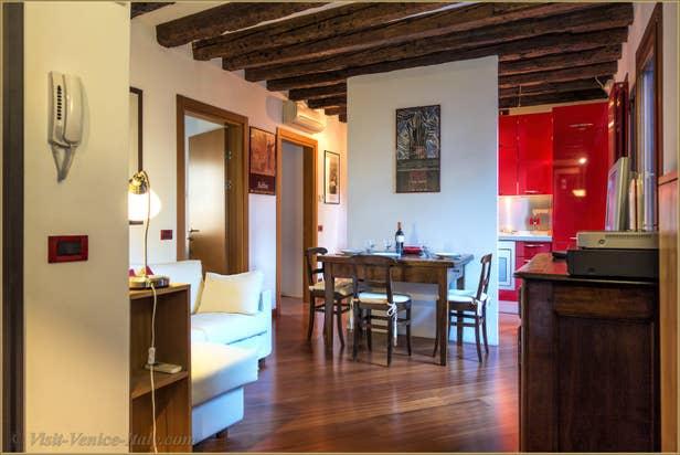 Flat Rental Corte Zappa in Venice, the lounge dining room