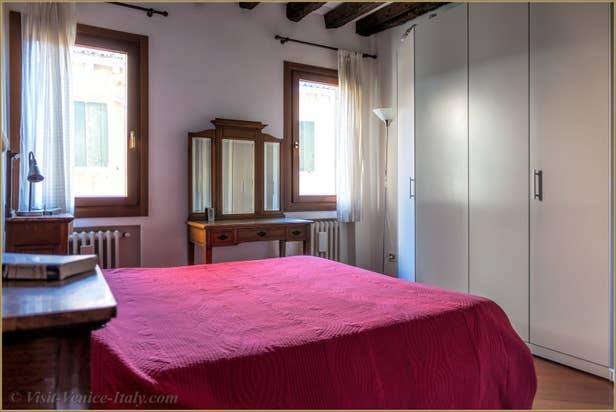 Flat Rental Corte Zappa in Venice, the double bedroom