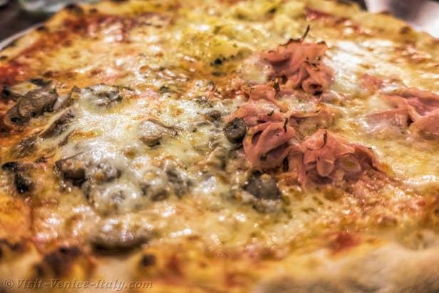 Pizzeria Trattoria Al Vecio Canton Venice Italy